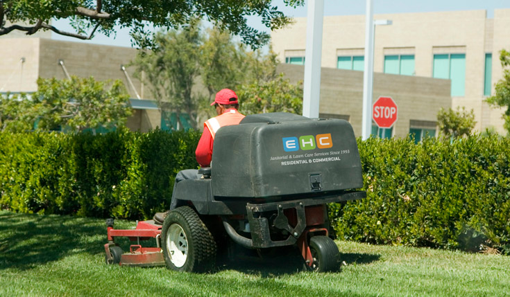 Commercial Lawn Care Services In Cedar Rapids Ehc